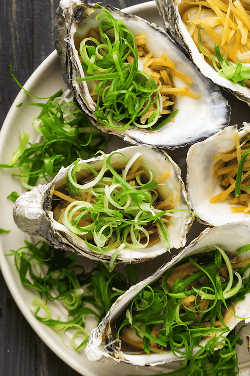6 pcs. Steamed Oyster w/Ginger Sauce