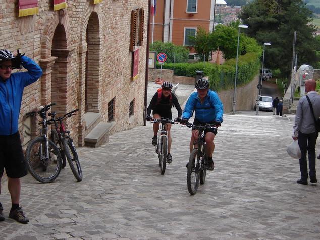 Monte San Bartolo Riccisport.com  Vacanze in Mountainbike