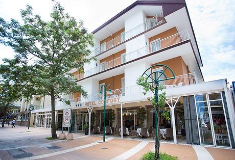 01.Hotel Confort Cattolica.JPG