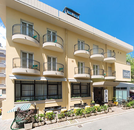 01.Hotel Antares.jpg