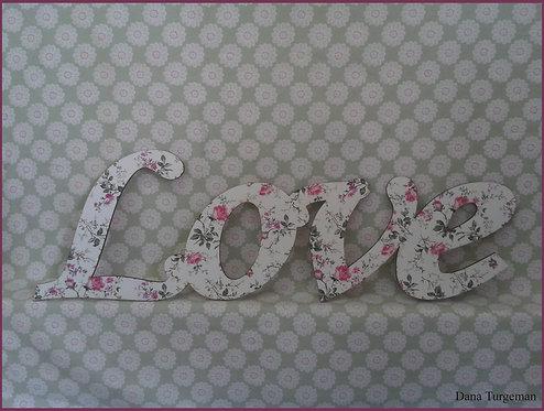 עשוי מעץ בחיפוי בד Love שלט  / Wooden Love sign