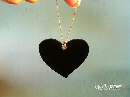 שרשרת לב שחור / Black L heart necklace