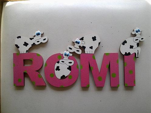 אותיות עץ עם פרות / wooden letters with cows