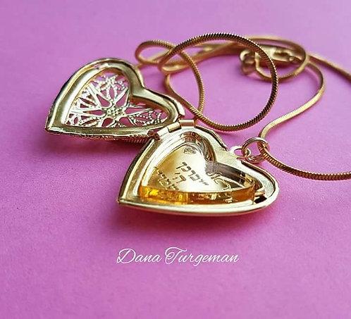שרשרת עם תליון לב תחרה נפתח בציפוי זהב 2 מיקרון