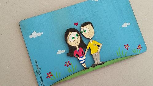 שלט עץ לדלת עם זוג מאוהב