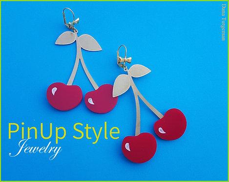 Huge Cherry Earrings / עגילי דובדבן ענקיים