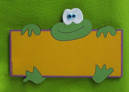 שלט לדלת יוצא מהמסגרת צפרדע