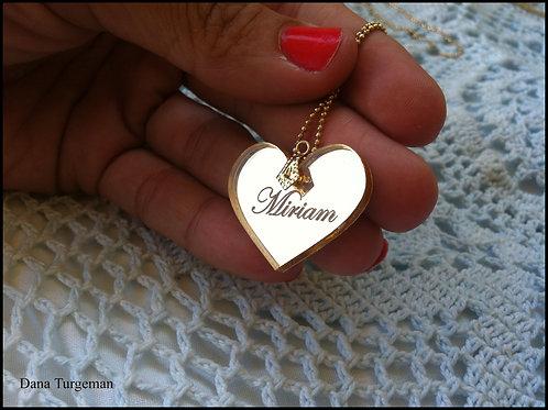שרשרת לב מוזהב /a golden mirror M heart necklace