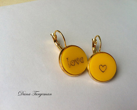 עגילי אהבה בצהוב /Yellow Love Earrings