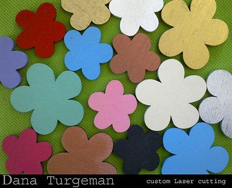מיקס 50 פרחים מעץ בגדלים וצבעים שונים