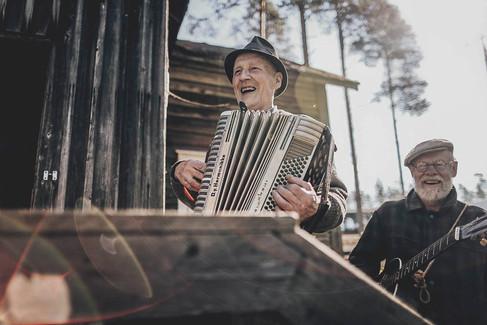 joyful music.jpg