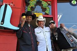 rockin cowboy 106.jpg