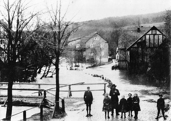 Hochwasser Schönstein 1909 - 1.jpg