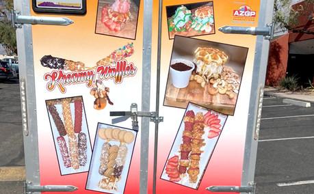 Wrap Food Truck Kreamy Waffle Rear