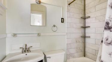 3_1341 N Tejon St Colorado-large-026-038-3 2nd Floor Master Bathroom-1500x1000-72dpi.jpg