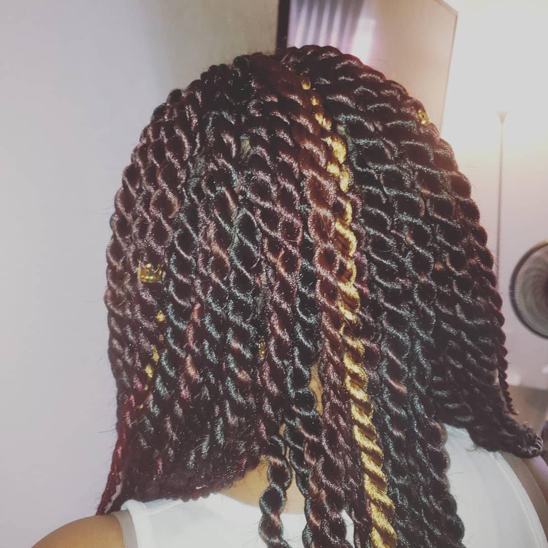 Medium Senegalese Twists