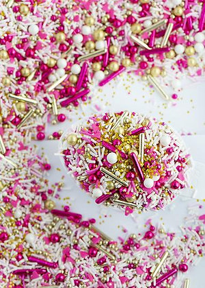 Sweetapolita FOLLOW YOUR HEART Twinkle Sprinkle Medley, Dragees, pink and gold sprinkles
