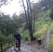 sendero cerro san cristobal.jpg
