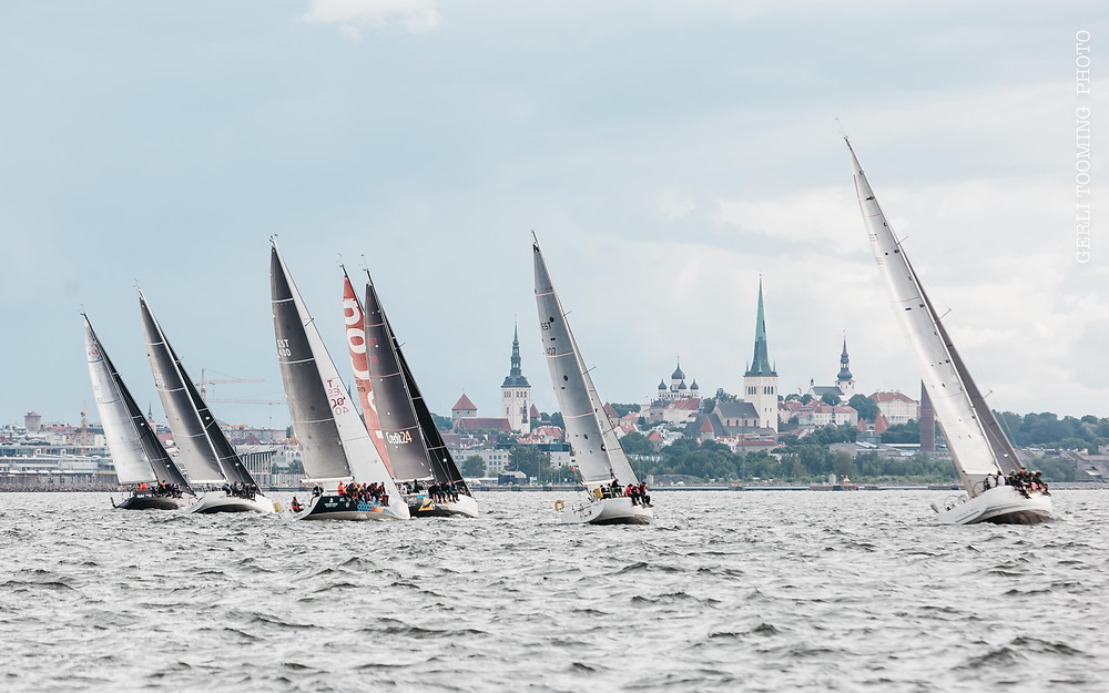 Holm-Kalev Yacht Club Wednesday Race 2020 with Tallinn Old Town on the background – photo © Gerli Tooming