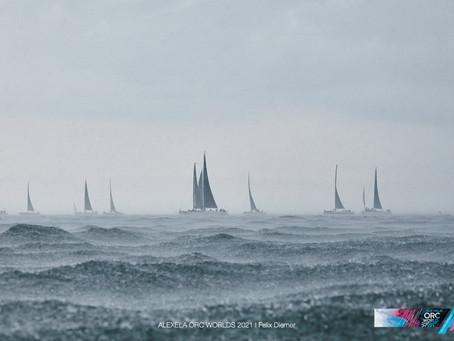 Alexela avamerepurjetamise maailmameistrivõistluste esimesed lühirajavõistlused tõid liidrite hulka