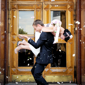 Top Wedding Trends, Both Minimalist and Opulent