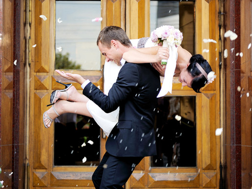 8 powerful reasons why you should consider Eloping!
