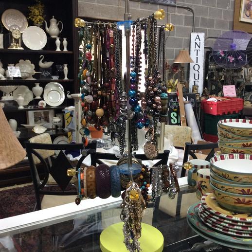 Costume & Vintage Jewelry