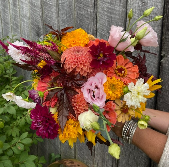 bouquet%20lg%20fall%20salmon%20colors_ed