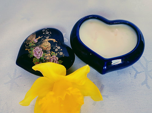 China Heart-Shaped Trinket Box