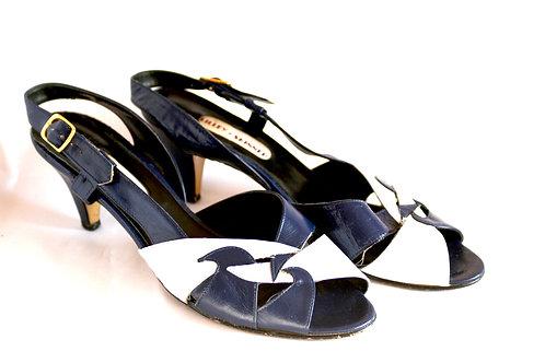 Size 7 Vintage Shoes
