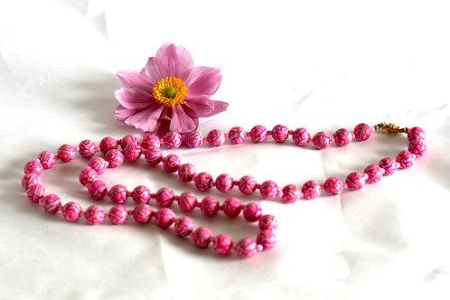 Vintage 1970s Pink Necklace