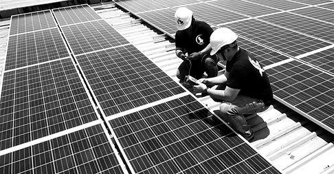 Solarvest-solar-panel-installation_edited.jpg