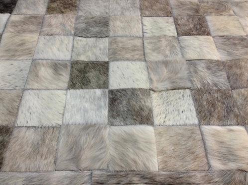 Boedo hide rug