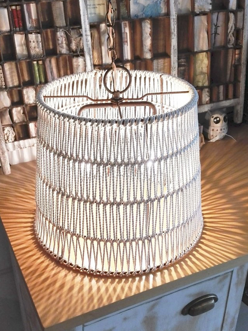 Quintana Lamp