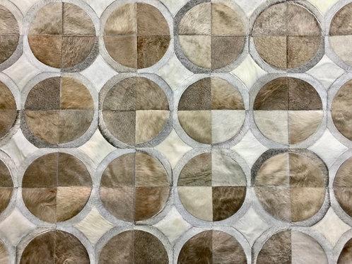 Bragado cowhide rug