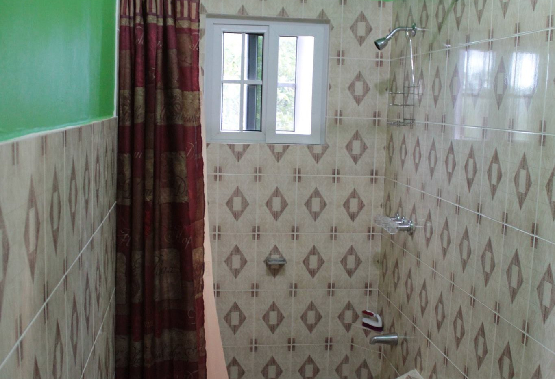 Mountainside Room - Bathroom