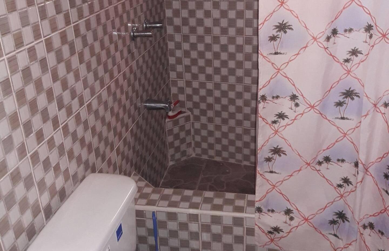 Room 2 - Bathroom