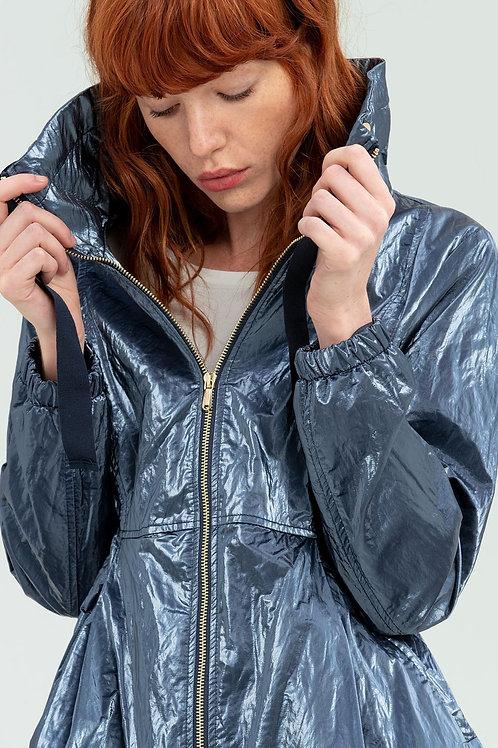 Jacket in metallic fabric