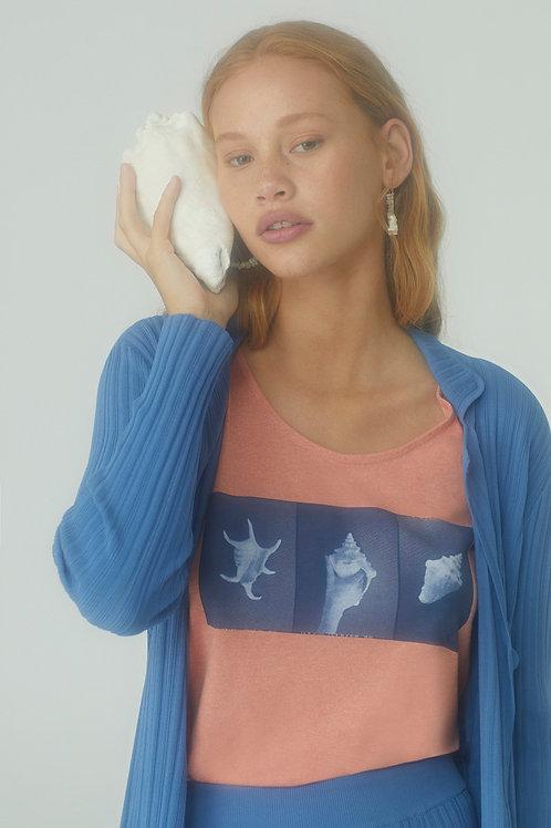 Seashell Portrait T-shirt