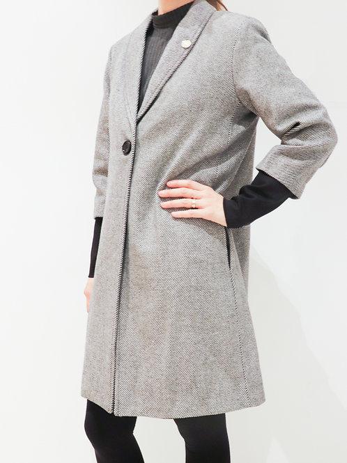 Coat with Inner Belt
