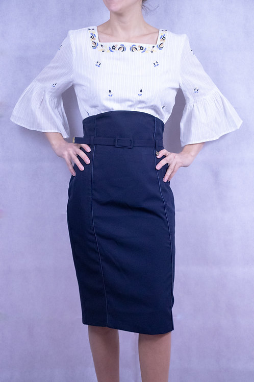 Sheath skirt with belt