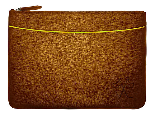 Laptop sleeve with front pocket Cognac, Yellow outlines 38cm