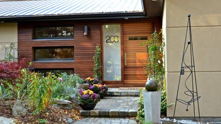 Entryway with custom-made door