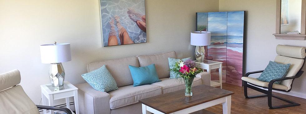 Blueberry Hill livingroom