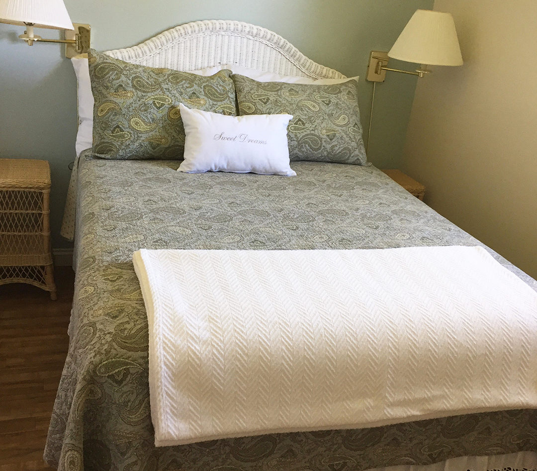 Blueberry Hill bedroom 1