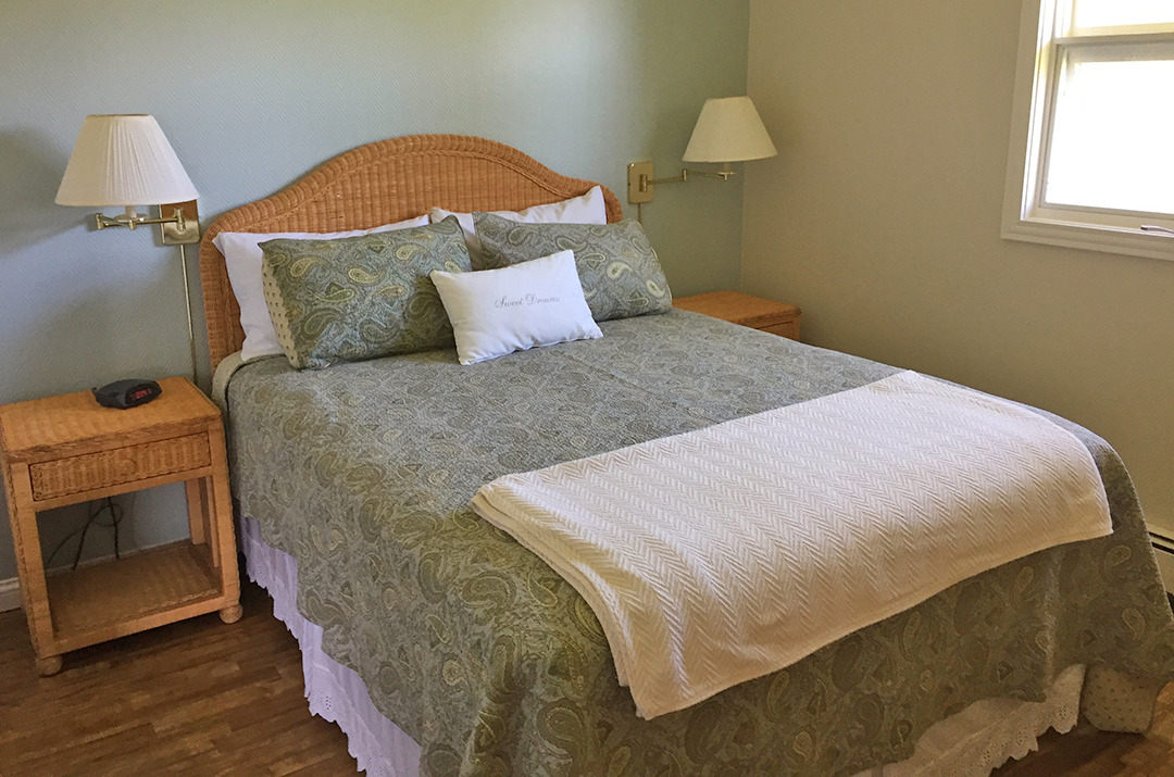 Blueberry Hill bedroom 3