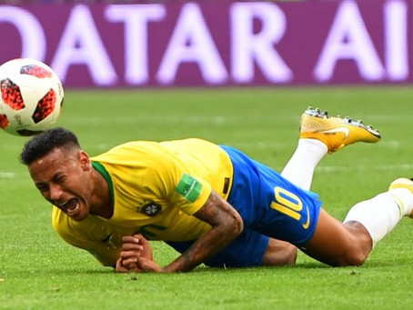 Los mejores memes del exagerado dramatismo de Neymar