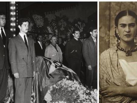 Así fue el polémico funeral de Frida Kahlo
