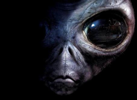 Así luce el hombre que quiere convertirse en alienígena