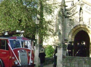 weddingstjsfireengine.JPG